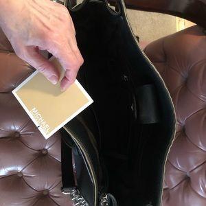 Michael Kors Bags - Authentic Michael Kors Handbag